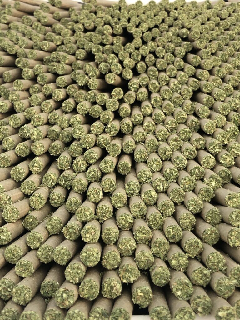 LVL Hemp Cigarette_piled up pre-pack
